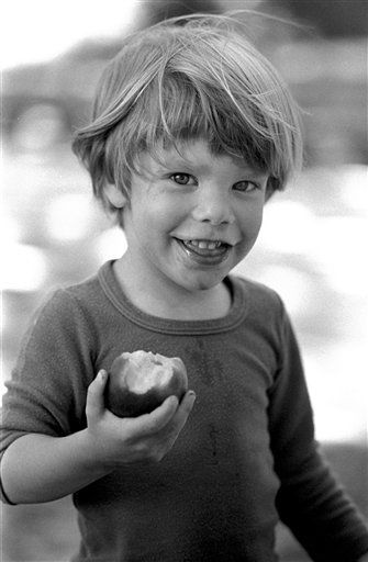 This undated image provided Friday, May 28, 2010 by Stanley K. Patz shows Patz&#39;s son Etan who vanished in New York on May 25, 1979. One of the most extensive missing-child searches was mounted to find him, but two decades later, the boy was officially declared dead. The Manhattan district attorney&#39;s office will take a fresh look at the evidence collected against the prime suspect, a convicted child molester serving 20 years in prison in Pennsylvania. &#40;AP Photo&#47;Stanley K. Patz&#41;  MANDATORY CREDIT, EDITORIAL USE ONLY, NO SALES, FOR USE ONLY IN ILLUSTRATING EDITORIAL STORIES REGARDING THE DISAPPEARANCE OF ETAN PATZ OR OTHER MISSING CHILDREN <span class=meta>(AP Photo&#47; Stanley K. Patz)</span>
