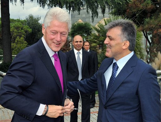 In this photo released by the Presidential Press Service, President Abdullah Gul, right, and former U.S. President Bill Clinton seen during a private meeting in Istanbul, Turkey, Saturday, Oct. 2, 2010. Clinton is in Turkey on a private visit to address a Turkish university.&#40;AP Photo&#47;Mustafa Demirel, Presidential Press Sevice&#41;   ** EDITORIAL USE ONLY ** <span class=meta>(AP Photo&#47; Mustafa Demirel)</span>