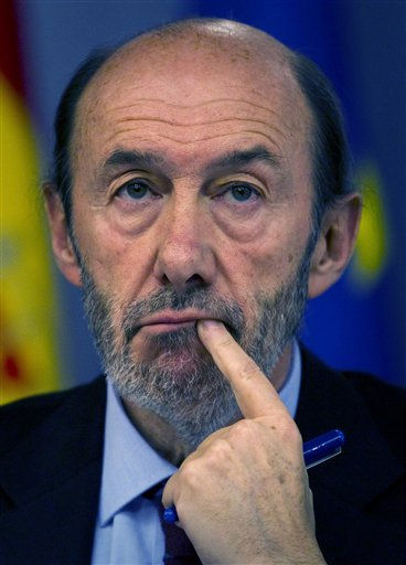 "<div class=""meta ""><span class=""caption-text "">Spain's Deputy Premier and Interior Minister Alfredo Perez Rubalcaba gestures during a news conference at the Moncloa palace in Madrid on Friday, Dec. 3, 2010. Spanish government approved a package of new austerity measures and economic stimulus that they hope will ease investor's fears about its debt.  (AP Photo/Victor R. Caivano) (AP Photo/ Victor R. Caivano)</span></div>"