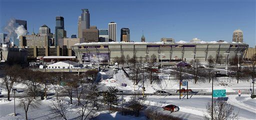 "<div class=""meta image-caption""><div class=""origin-logo origin-image ""><span></span></div><span class=""caption-text"">The collapsed roof of the Metrodome can be seen with the skyline behind in Minneapolis Sunday, Dec. 12, 2010. The inflatable roof of the Metrodome collapsed Sunday after a snowstorm that dumped 17 inches (43 cms) on Minneapolis. No one was hurt, but the roof failure sent the NFL scrambling to find a new venue for the Vikings' game against the New York Giants. (AP Photo/Ann Heisenfelt) (AP Photo/ Ann Heisenfelt)</span></div>"