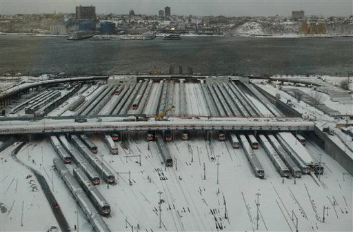 Lon Island Railroad commutrer trains are idled in tye yardss on the west side of Manhattan Monday morning Dec. 27, 2010. A treacherous storm brought high winds, heavy snow and limited visibility to the area ccausing the railrtoad to suspend service on all lines.  &#40;AP Photo&#47;Rich Kareckas&#41; <span class=meta>(AP Photo&#47; Rich Kareckas)</span>