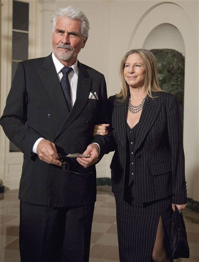 "<div class=""meta image-caption""><div class=""origin-logo origin-image ""><span></span></div><span class=""caption-text"">Actor James Brolin, left, and his wife, singer Barbra Streisand arrives at the White House in Washington, Wednesday, Jan. 19, 2011, for a state dinner in honor of Chinese President Hu Jintao. (AP Photo/Evan Vucci) (AP Photo/ Evan Vucci)</span></div>"