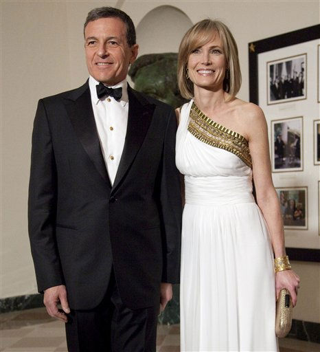 "<div class=""meta image-caption""><div class=""origin-logo origin-image ""><span></span></div><span class=""caption-text"">Walt Disney Company CEO Robert Iger and Willow Bay arrive at the White House in Washington, Wednesday, Jan. 19, 2011, for a state dinner in honor of China's President Hu Jintao. (AP Photo/Evan Vucci) (AP Photo/ Evan Vucci)</span></div>"