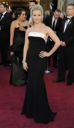 "<div class=""meta image-caption""><div class=""origin-logo origin-image ""><span></span></div><span class=""caption-text"">Reese Witherspoon arrives before the 83rd Academy Awards on Sunday, Feb. 27, 2011, in the Hollywood section of Los Angeles. (AP Photo/Chris Pizzello) (AP Photo/ Chris Pizzello)</span></div>"