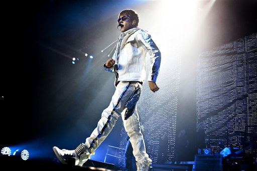 Canadian singer Justin Bieber performs on stage in Herning in Denmark, Friday evening, April 1  2011. &#40;AP Photo&#47;Mathias Christensen&#41;  DENMARK OUT <span class=meta>(AP Photo&#47; Mathias Christensen)</span>