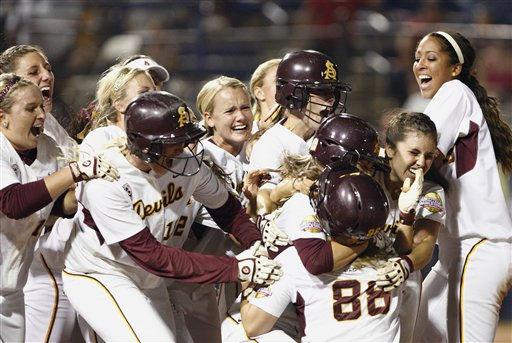 Arizona State celebrates after defeating Florida during the Women&#39;s College World Series softball championship at ASA Hall of Fame Stadium in Oklahoma City, Friday, June 3, 2011. &#40;AP Photo&#47;Alonzo Adams&#41; <span class=meta>(AP Photo&#47; Alonzo Adams)</span>
