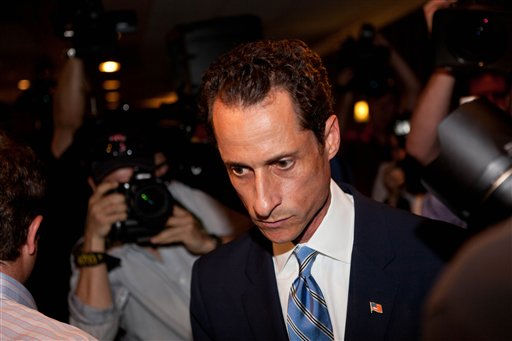"<div class=""meta ""><span class=""caption-text "">U.S. Rep. Anthony Weiner, D-N.Y., leaves a news conference in New York Monday, June 6, 2011, where he confessed that he tweeted a bulging-underpants photo of himself to a young woman and admitted to ""inappropriate"" exchanges with six women before and after getting married. (AP Photo/John Minchillo) (AP Photo/ John Minchillo)</span></div>"