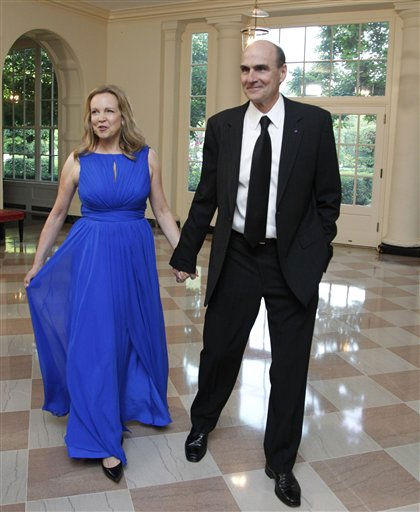 "<div class=""meta image-caption""><div class=""origin-logo origin-image ""><span></span></div><span class=""caption-text"">Singer James Taylor and his wife Caroline Taylor arrive for a State Dinner hosted by President Barack Obama and first lady Michelle Obama in honor of German Chancellor Angela Merkel at the White House in Washington, Tuesday, June 7, 2011.  (AP Photo/Manuel Balce Ceneta) (AP Photo/ Manuel Balce Ceneta)</span></div>"