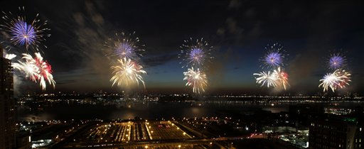 Fireworks explode over the Hudson River in New York, Monday, July 4, 2011.  &#40;AP Photo&#47;Seth Wenig&#41; <span class=meta>(AP Photo&#47; Seth Wenig)</span>