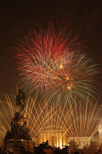 Fireworks explode over the Philadelphia Museum of Art during an Independence Day celebration Monday, July 4, 2011, in Philadelphia. &#40;AP Photo&#47;Matt Rourke&#41; <span class=meta>(AP Photo&#47; Matt Rourke)</span>