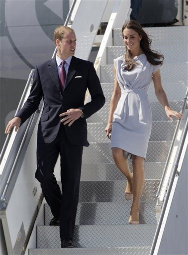 Prince William and Kate, the Duke and Duchess of Cambridge, arrive at Los Angeles International Airport in Los Angeles, Friday, July 8, 2011. &#40;AP Photo&#47;Jae C. Hong&#41; <span class=meta>(AP Photo&#47; Jae C. Hong)</span>