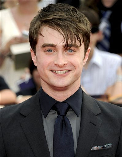 "<div class=""meta image-caption""><div class=""origin-logo origin-image ""><span></span></div><span class=""caption-text"">Actor Daniel Radcliffe attends the premiere of 'Harry Potter and the Deathly Hallows Part 2' at Avery Fisher Hall on Monday, July 11, 2011 in New York. (AP Photo/Evan Agostini) (AP Photo/ Evan Agostini)</span></div>"