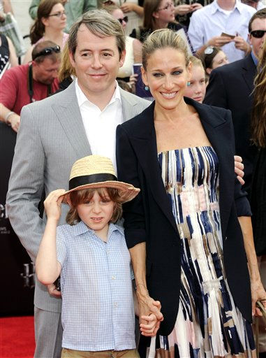 Actors Matthew Broderick and Sarah Jessica Parker pose with their son James Wilke at the premiere of &#39;Harry Potter and the Deathly Hallows Part 2&#39; at Avery Fisher Hall on Monday, July 11, 2011 in New York. &#40;AP Photo&#47;Evan Agostini&#41; <span class=meta>(AP Photo&#47; Evan Agostini)</span>