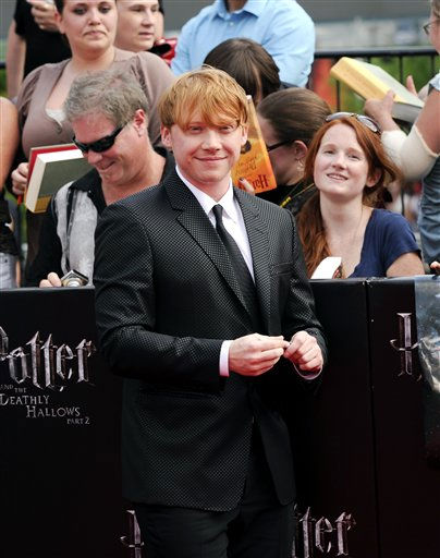 "<div class=""meta image-caption""><div class=""origin-logo origin-image ""><span></span></div><span class=""caption-text"">Actor Rupert Grint attends the premiere of 'Harry Potter and the Deathly Hallows Part 2' at Avery Fisher Hall on Monday, July 11, 2011 in New York. (AP Photo/Evan Agostini) (AP Photo/ Evan Agostini)</span></div>"