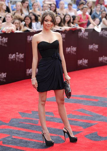 Actress Sarah Hyland attends the premiere of &#39;Harry Potter and the Deathly Hallows Part 2&#39; at Avery Fisher Hall on Monday, July 11, 2011 in New York. &#40;AP Photo&#47;Evan Agostini&#41; <span class=meta>(AP Photo&#47; Evan Agostini)</span>