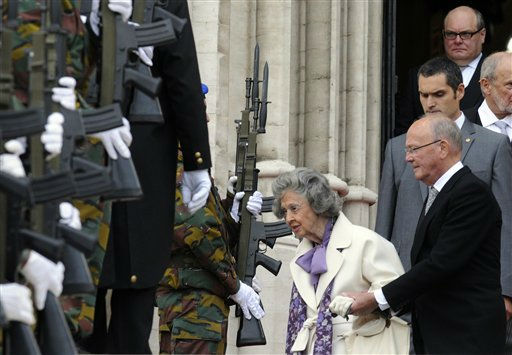 Queen Fabiola of Belgium, 83-years old, is seen leaving a church service held at the Saint Michel&#39;s Cathedral in Brussels for Belgium&#39;s National Day, Thursday July 21, 2011. &#40;AP Photo&#47;Thierry Charlier&#41; <span class=meta>(AP Photo&#47; THIERRY CHARLIER)</span>