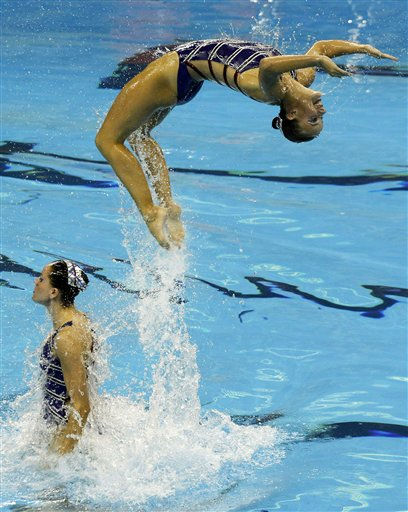 The Dutch team perform their routine during the synchronised swimming Free Combination final at the FINA 2011 Swimming World Championships in Shanghai, China, Thursday, July 21, 2011. &#40;AP Photo&#47;Ng Han Guan&#41; <span class=meta>(AP Photo&#47; Ng Han Guan)</span>