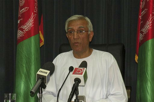 "<div class=""meta ""><span class=""caption-text "">In this undated image made available by the provincial media center Kandahar Mayor Ghulam Haider Hamidi addresses a press conference in Kandahar south of Kabul, Afghanistan. The mayor of Kandahar was assassinated on Wednesday July 27, 2011 by a suicide bomber who hid explosives in his turban Afghan officials said. The Taliban say they sent the suicide bomber who killed the mayor of Kandahar in southern Afghanistan. Hamidi was the third major powerbroker from the south to be slain this month. (AP Photo/Provincial Media Center ) (AP Photo/ HO,Provincial Media Center)</span></div>"