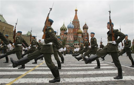 Paratroopers march across the Red Square while celebrating a Russian Paratroopers&#39; Day in Moscow,  Russia, Tuesday, Aug. 2, 2011, with St. Bazil&#39;s cathedral in background.  Russian Paratroopers&#39; Forces celebrate the 81th anniversary of their creation.&#40;AP Photo&#47;Ivan Sekretarev&#41; <span class=meta>(AP Photo&#47; Ivan Sekretarev)</span>