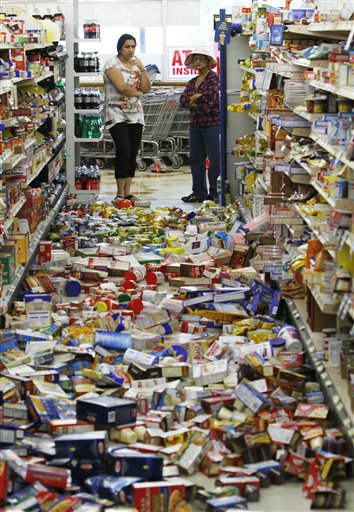 Debris covers the floor of the Miller&#39;s Mart food store in Mineral, Va., a small town northwest of Richmond near the earthquake&#39;s epicenter, Tuesday, Aug. 23, 2011. The most powerful earthquake to strike the East Coast in 67 years shook buildings and rattled nerves from South Carolina to Maine. &#40;AP Photo&#47;Steve Helber&#41; <span class=meta>(AP Photo&#47; Steve Helber)</span>