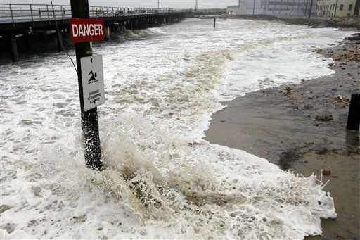 "<div class=""meta ""><span class=""caption-text "">Waves crash in and erode the beach before Hurricane Irene Saturday, Aug. 27, 2011, in Atlantic City, N.J. (AP Photo/Alex Brandon) (AP Photo/ Alex Brandon)</span></div>"