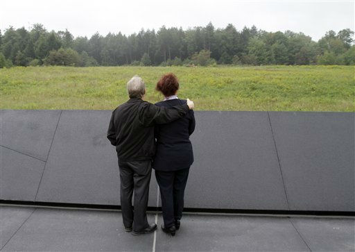 Diane McCusker,  right, a flight attendant with United Airlines who had flown with the crew that died in the crash of Flight 93, stands with her husband Charles as they view the site of the crash in Shanksville, Pa. Saturday Sept. 10, 2011.  &#40;AP Photo&#47;Gene J. Puskar&#41; <span class=meta>(AP Photo&#47; Gene J. Puskar)</span>