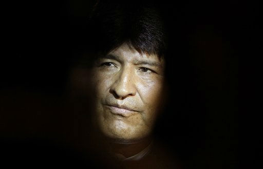 "<div class=""meta ""><span class=""caption-text "">Bolivia's President Evo Morales looks on as he listens to journalists before departing at the Jose Marti airport in Havana, Cuba, Monday, Sept. 19, 2011. Morales, who was on an official visit to Cuba, received the honorary doctorate from Havana's University. (AP Photo/Javier Galeano) (AP Photo/ Javier Galeano)</span></div>"