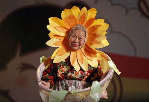 Elderly Taiwanese perform during a celebration honoring Taiwanese centenarians in Taipei, Taiwan, Tuesday, Sept. 27, 2011. &#40;AP Photo&#47;Wally Santana&#41; <span class=meta>(AP Photo&#47; Wally Santana)</span>