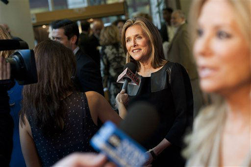 Meredith Vieira arrives for Regis&#39; farewell episode of &#34;Live! with Regis and Kelly&#34;, in New York, Friday, Nov. 18, 2011. &#40;AP Photo&#47;Charles Sykes&#41; <span class=meta>(AP Photo&#47; Charles Sykes)</span>