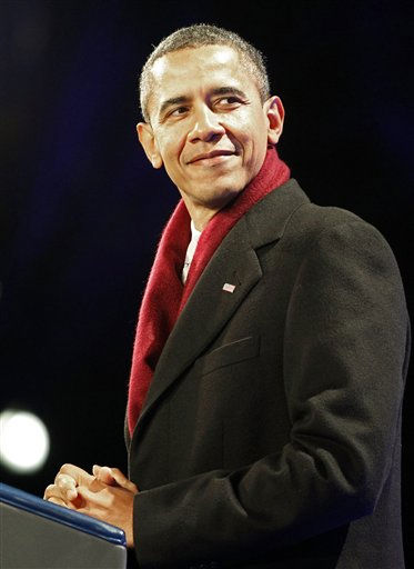 President Barack Obama attends the annual National Christmas Tree Lighting on the Ellipse, Thursday, Dec. 1, 2011, Washington. &#40;AP Photo&#47;Haraz N. Ghanbari&#41; <span class=meta>(AP Photo&#47; Haraz N. Ghanbari)</span>