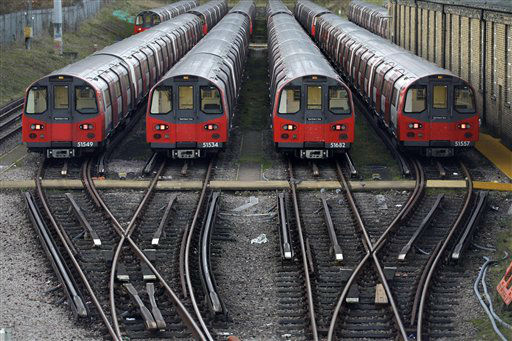 "<div class=""meta ""><span class=""caption-text "">Underground trains are parked during a 24-hour strike by train drivers over public holiday pay, at Mordern depot, south London, Monday, Dec. 26, 2011. (AP Photo/Sang Tan) (AP Photo/ Sang Tan)</span></div>"