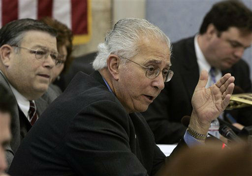 FILE  In this Dec. 27, 2007 file photograph, New Jersey Assemblyman Alex DeCroce, R-Morris Plains, asks a question during a joint hearing of the Assembly Budget and Education committees in Trenton, N.J. Late Monday, Jan. 9, 2012, DeCroce collapsed and died at the Statehouse after the legislature wrapped-up the last day of their session. &#40;AP Photo&#47;Mel Evans,file&#41; <span class=meta>(AP Photo&#47; Mel Evans)</span>