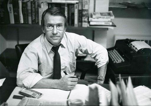 In this March 18, 1982 photo released by ABC, ABC News Richard Threlkeld is shown in his office in New York. Threlkeld, who worked for ABC News from 1982-89 and spent the majority of his career at CBS News, died Friday, Jan. 13, 2012, in Amagansett, N.Y., and was pronounced dead at Southampton Hospital. He lived nearby in East Hampton.?&#40;AP Photo&#47;ABC Photo Archives&#41; <span class=meta>(AP Photo&#47; Anonymous)</span>