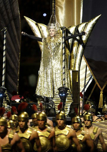 "<div class=""meta image-caption""><div class=""origin-logo origin-image ""><span></span></div><span class=""caption-text"">Madonna performs during halftime of the NFL Super Bowl XLVI football game between the New York Giants and the New England Patriots, Sunday, Feb. 5, 2012, in Indianapolis. (AP Photo/Matt Slocum) (AP Photo/ Matt Slocum)</span></div>"