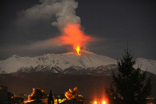 Lava flows during an eruption of Mt. Etna volcano, near Catania, Sicily, in the early hours of Thursday, Feb. 9, 2012. &#40;AP Photo&#47;Carmelo Imbesi&#41; <span class=meta>(AP Photo&#47; Carmelo Imbesi)</span>