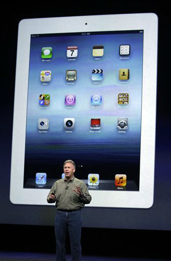 "<div class=""meta ""><span class=""caption-text "">Apple's senior vice president of Worldwide Marketing Phil Schiller talks about the new iPad during an event in San Francisco, Wednesday, March 7, 2012.(AP Photo/Paul Sakuma) (AP Photo/ Paul Sakuma)</span></div>"