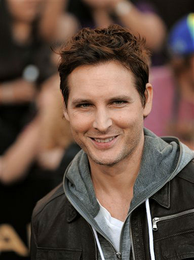 Peter Facinelli arrives at the world premiere of &#34;The Hunger Games&#34; on Monday March 12, 2012 in Los Angeles. &#40;AP Photo&#47;Chris Pizzello&#41; <span class=meta>(AP Photo&#47; Chris Pizzello)</span>