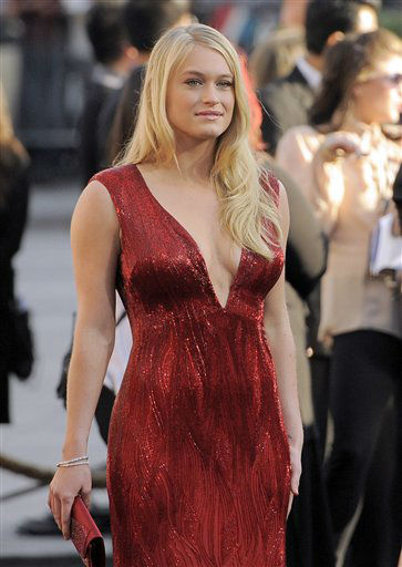 "<div class=""meta ""><span class=""caption-text "">Leven Rambin arrives at the world premiere of ""The Hunger Games"" on Monday March 12, 2012 in Los Angeles. (AP Photo/Chris Pizzello) (AP Photo/ Chris Pizzello)</span></div>"