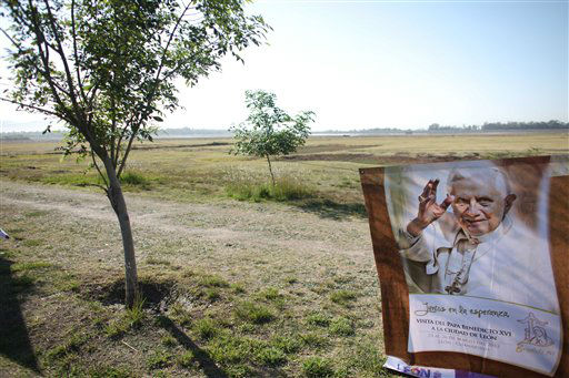 A banner with an image of Pope Benedict XVI hangs at the site of a campground set aside for pilgrims ahead of the pope&#39;s arrival in Leon, Mexico, Friday March 23, 2012.  Pope Benedict XVI will arrive to Mexico on Friday. &#40;AP Photo&#47;Alexandre Meneghini&#41; <span class=meta>(AP Photo&#47; Alexandre Meneghini)</span>