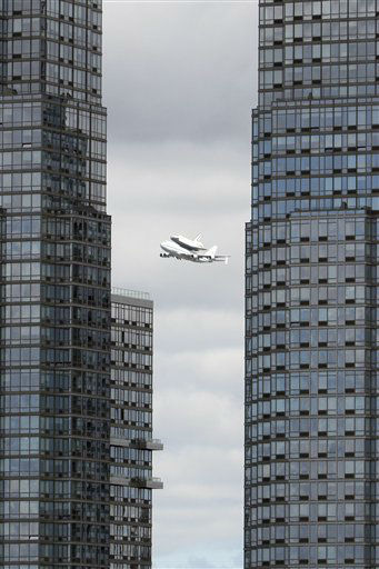 Space shuttle?Enterprise, riding on the back of the NASA 747 Shuttle Carrier Aircraft, cruises over the Hudson river,  Friday, April 27, 2012 in New York. Enterprise is eventually going to make its new home in New York City at the Intrepid Sea, Air and Space Museum.  &#40;AP Photo&#47;Mary Altaffer&#41; <span class=meta>(AP Photo&#47; Mary Altaffer)</span>