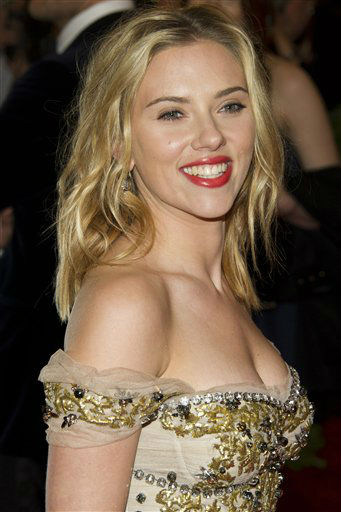 "<div class=""meta image-caption""><div class=""origin-logo origin-image ""><span></span></div><span class=""caption-text"">Scarlett Johansson arrives at the Metropolitan Museum of Art Costume Institute gala benefit, celebrating Elsa Schiaparelli and Miuccia Prada, Monday, May 7, 2012 in New York. (AP Photo/Charles Sykes) (AP Photo/ Charles Sykes)</span></div>"