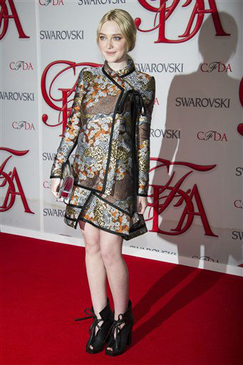 "<div class=""meta image-caption""><div class=""origin-logo origin-image ""><span></span></div><span class=""caption-text"">Dakota Fanning arrives at the CFDA Fashion Awards on Monday, June 4, 2012 in New York. (Photo by Charles Sykes/Invision/AP) (Photo/Charles Sykes)</span></div>"
