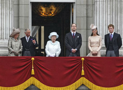 Britain&#39;s Queen Elizabeth II, center, accompanied by Prince Charles and the Duchess if Cornwall, left,  Prince William, and Kate, Duchess of Cambridge and Prince Harry, appear on the balcony of Buckingham Palace in central London,  Tuesday, June 5, 2012, to conclude the four-day Diamond Jubilee celebrations to mark the 60th anniversary of the Queen&#39;s accession to the throne. &#40;AP Photo&#47;Lefteris Pitarakis&#41; <span class=meta>(AP Photo&#47; Lefteris Pitarakis)</span>
