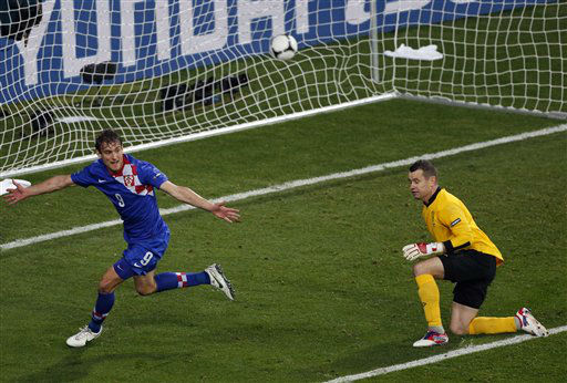 Croatia&#39;s Nikica Jelavic celebrates after he scored by Ireland goalkeeper Shay Given during the Euro 2012 soccer championship Group C match between the Republic of Ireland and Croatia in Poznan, Poland, Sunday, June 10, 2012. &#40;AP Photo&#47;Anja Niedringhaus&#41; <span class=meta>(AP Photo&#47; Anja Niedringhaus)</span>