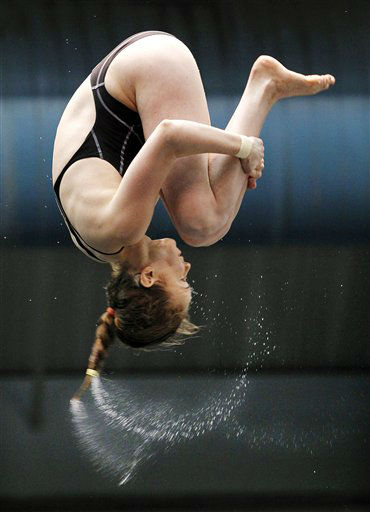 Gracia Leydon-Mahoney competes in the women&#39;s 10-meter platform final at the U.S. Olympic diving trials, Sunday, June 24, 2012, in Federal Way, Wash. &#40;AP Photo&#47;Elaine Thompson&#41; <span class=meta>(AP Photo&#47; Elaine Thompson)</span>