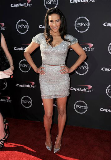 Actress Paula Patton arrives at the ESPY Awards on Wednesday, July 17, 2013, at Nokia Theater in Los Angeles. &#40;Photo by Jordan Strauss&#47;Invision&#47;AP&#41; <span class=meta>(Photo&#47;Jordan Strauss)</span>