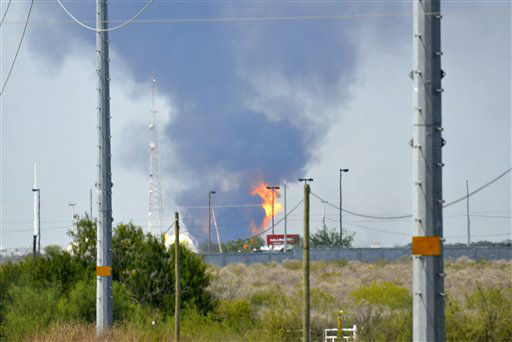 Fire and smoke rise from a gas pipeline distribution center in Reynosa, Mexico near Mexico&#39;s border with the United States, Tuesday Sept. 18, 2012. Mexico&#39;s state-owned oil company, Petroleos Mexicanos, also known as Pemex said the fire had been extinguished and the pipeline had been shut off but ten people were killed during the incident. &#40;AP Photo&#47;El Manana de Reynosa&#41; <span class=meta>(AP Photo&#47; El Manana de Reynosa)</span>