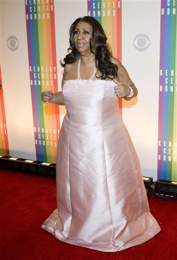 "<div class=""meta image-caption""><div class=""origin-logo origin-image ""><span></span></div><span class=""caption-text"">Singer Aretha Franklin arrives at the Kennedy Center for the Performing Arts for the 2012 Kennedy Center Honors Performance and Gala Sunday, Dec. 2, 2012 at the State Department in Washington. (AP Photo/Kevin Wolf) (AP Photo/ Kevin Wolf)</span></div>"
