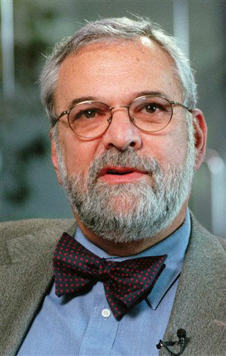 FILE - This Jan. 21, 1998 file photo shows William Ginsburg, talking during an interview in Los Angeles. Ginsburg, who was Monica Lewinsky&#39;s lawyer during the sex scandal of the Clinton presidency, has died. He was 70.  &#40;AP Photo&#47;Reed Saxon, file&#41; <span class=meta>(AP Photo&#47; REED SAXON)</span>