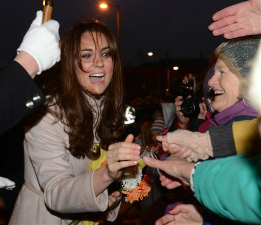 "<div class=""meta ""><span class=""caption-text "">Britain's Duchess of Cambridge meets well wishers during a visit to Peterborough City Hospital,  as part of an official visit to Cambridge, England,  Wednesday Nov. 28, 2012.  (AP Photo / Mark Large, Pool) (AP Photo/ Mark Large)</span></div>"